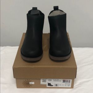 UGG-Callum,authentic, overstock, never been used